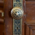 "Texas Capitol Building - door detailing • <a style=""font-size:0.8em;"" href=""http://www.flickr.com/photos/64654599@N00/8539501186/"" target=""_blank"">View on Flickr</a>"