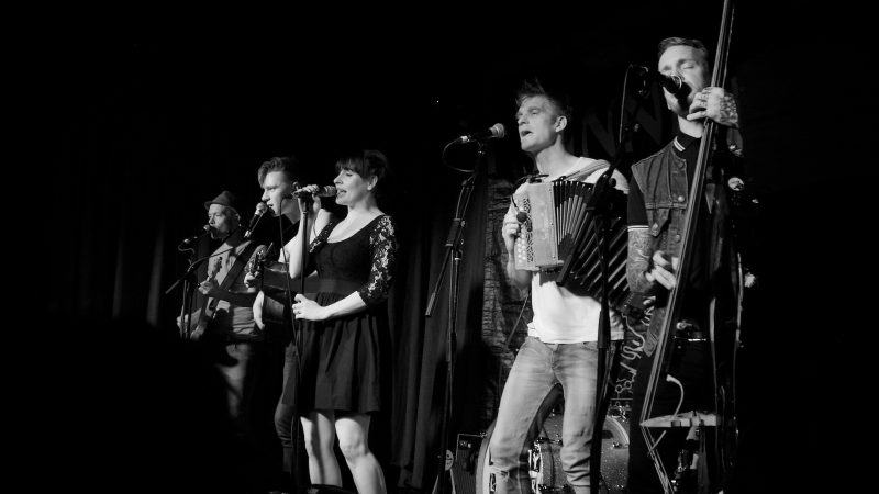 Skinny Lister at Hoxton Square Bar and Grill